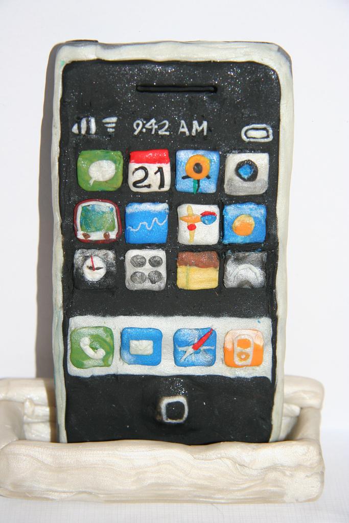 Как сделать чехол для телефона из пластилина